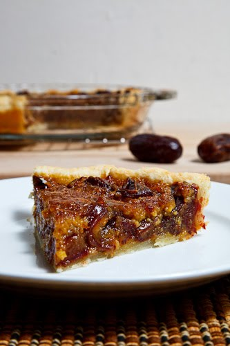 Medjool Date Pecan Pie on Closet Cooking