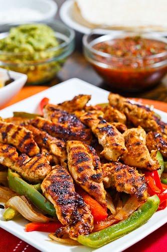 Chicken Fajitas on Closet Cooking