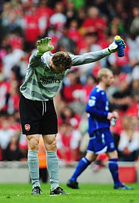 Jens Lehmann the Arsenal goalkeeper acknowledges the crowd after playing what is expected to be his last home game for the Gunners. Arsenal won the game 1-0.