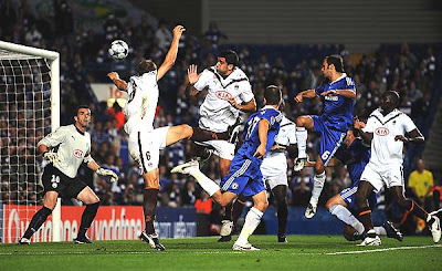 Joe Cole (10) of Chelsea heads and scores his team's second goal of the game during the first half.