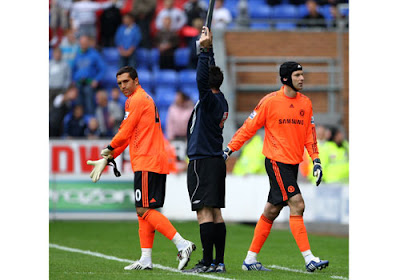 Petr Cech of Chelsea is sent off and changes with Henrique Hilario