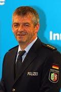 DEUTSCHE POLIZEI/POLISI JERMAN