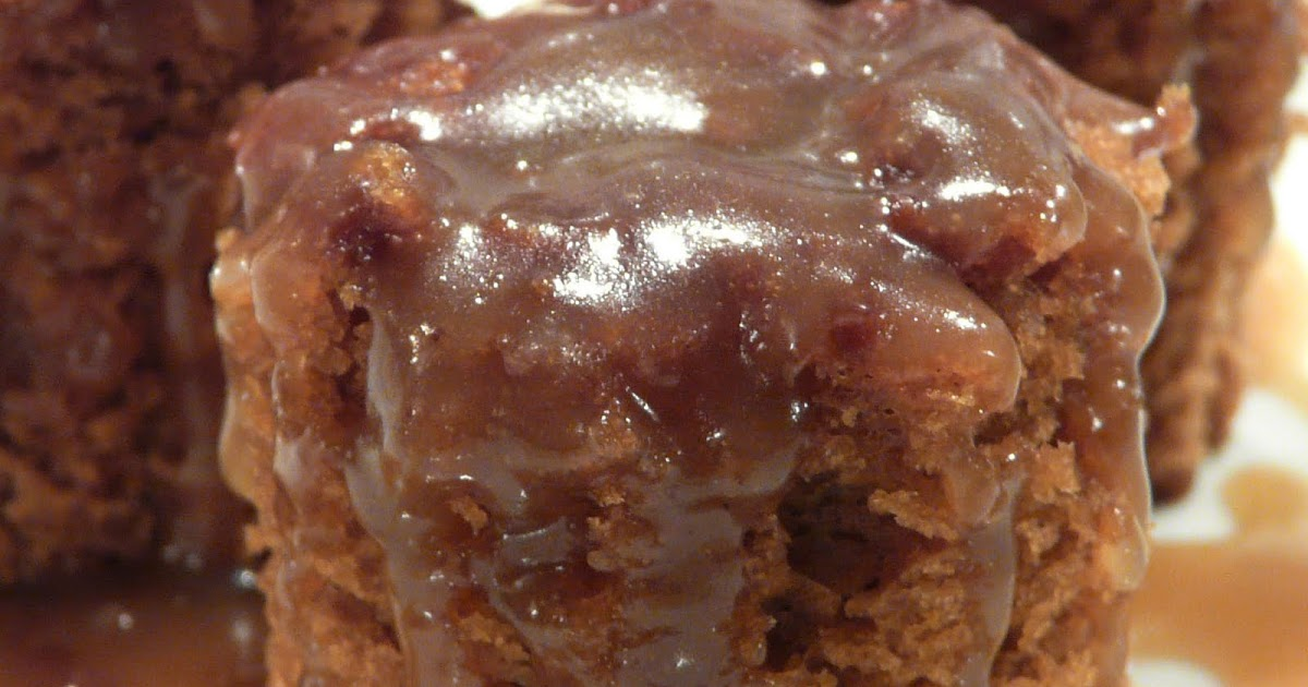 Old Fashioned Gingerbread Cake With Lemon Sauce