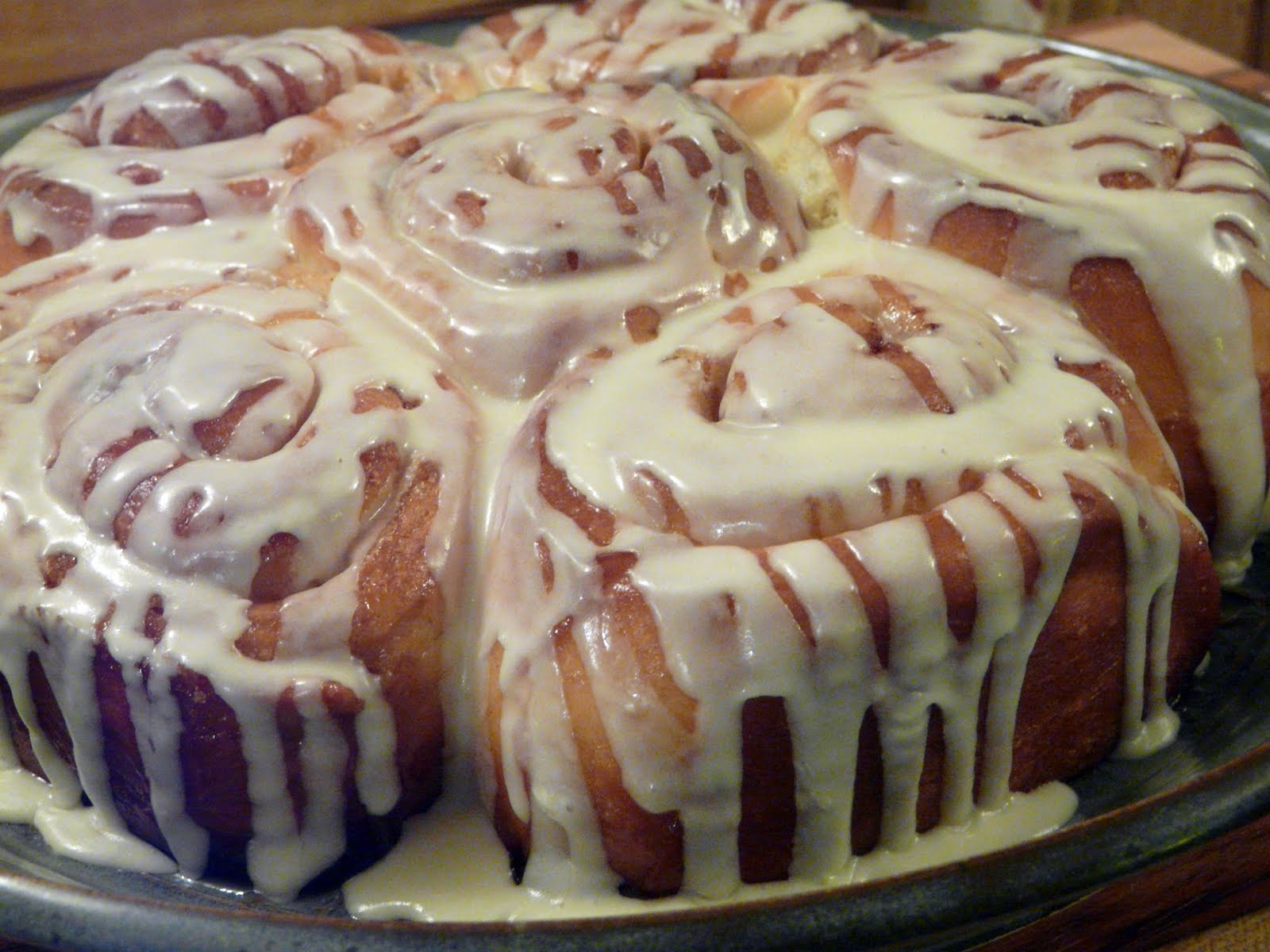 Cinnamon Rolls with White Chocolate Glaze