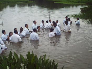 O batismo Biblico Mat,3:13-16...