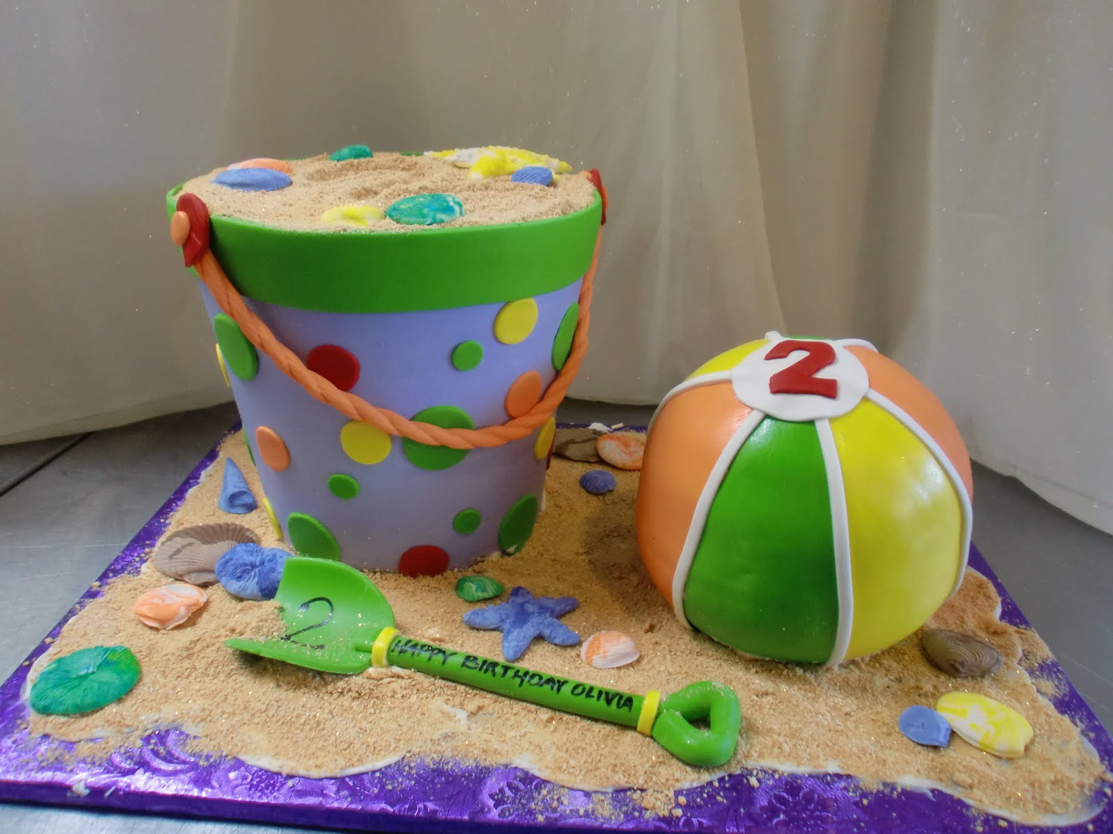 sugar buzz novelty and wedding cakes