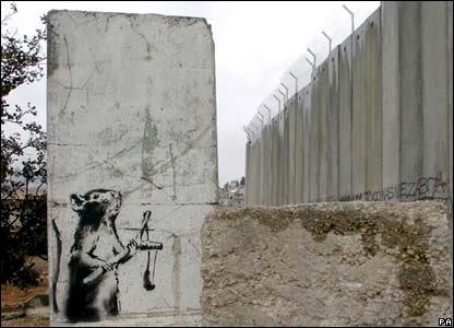 ratoncito contra elmuro de laocupación de Palestina..