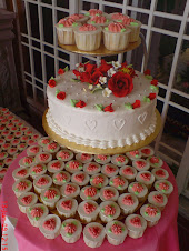 Wedding cake &amp; cupcakes
