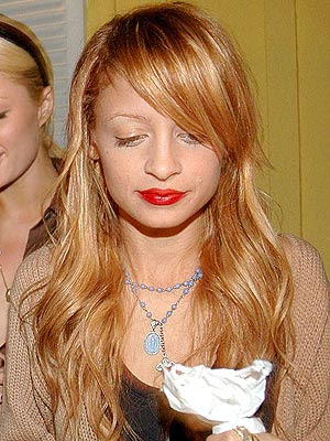 nicole richie foot tattoo