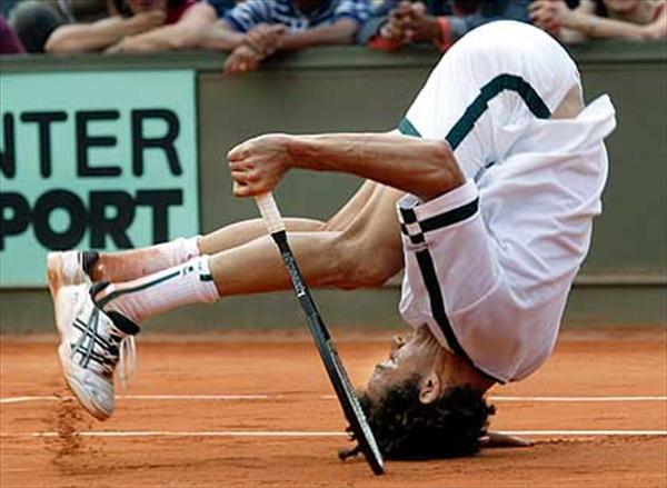 funny_tennis1_ctofeatured.jpg
