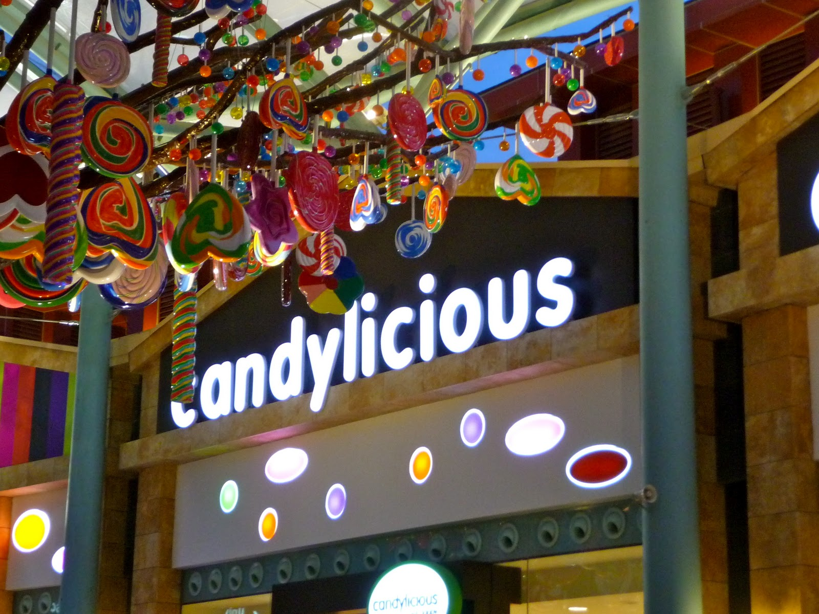 good home ideas lake of dreams at sentosa and the candy store