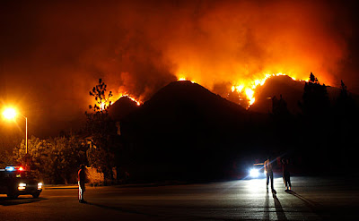 >A CONSTANT BATTLE WITH NATURE'S BLOWTORCH: 10,000 homes threatened in Southern California