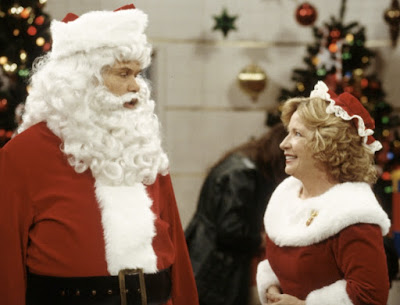 im watching a that 70s show christmas episode on abc family right now ugh i love this show it never gets old that 70s show christmas hello - That 70s Show Christmas Episodes