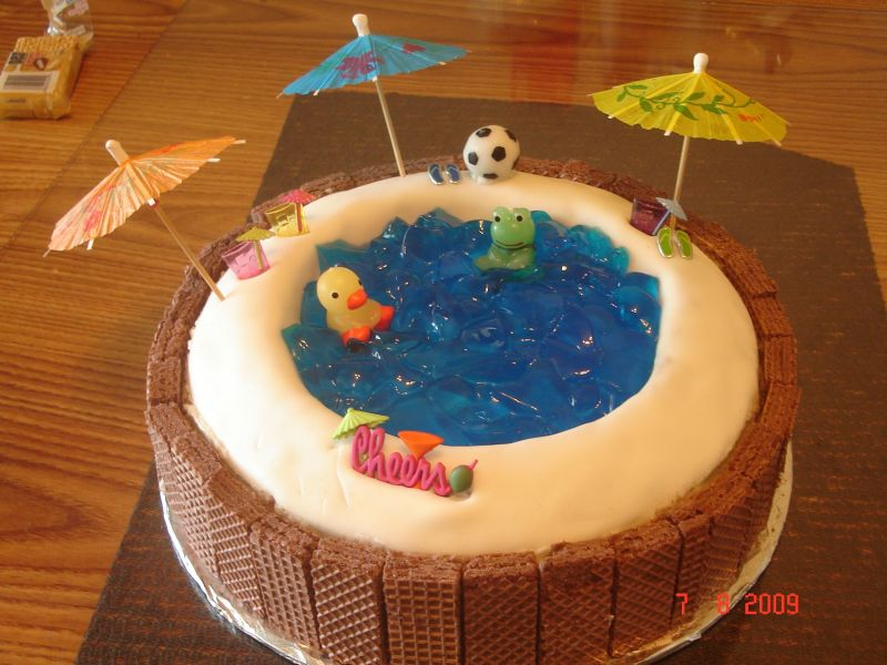 Swimming Pool Cakes Pool Cake And Teddy Grahams On Pinterest