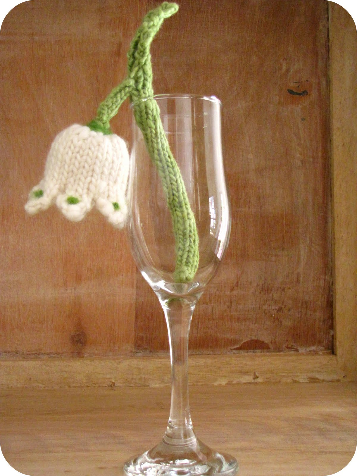 Knitted Snowdrop Inspired Flower Tutorial - Natural Suburbia