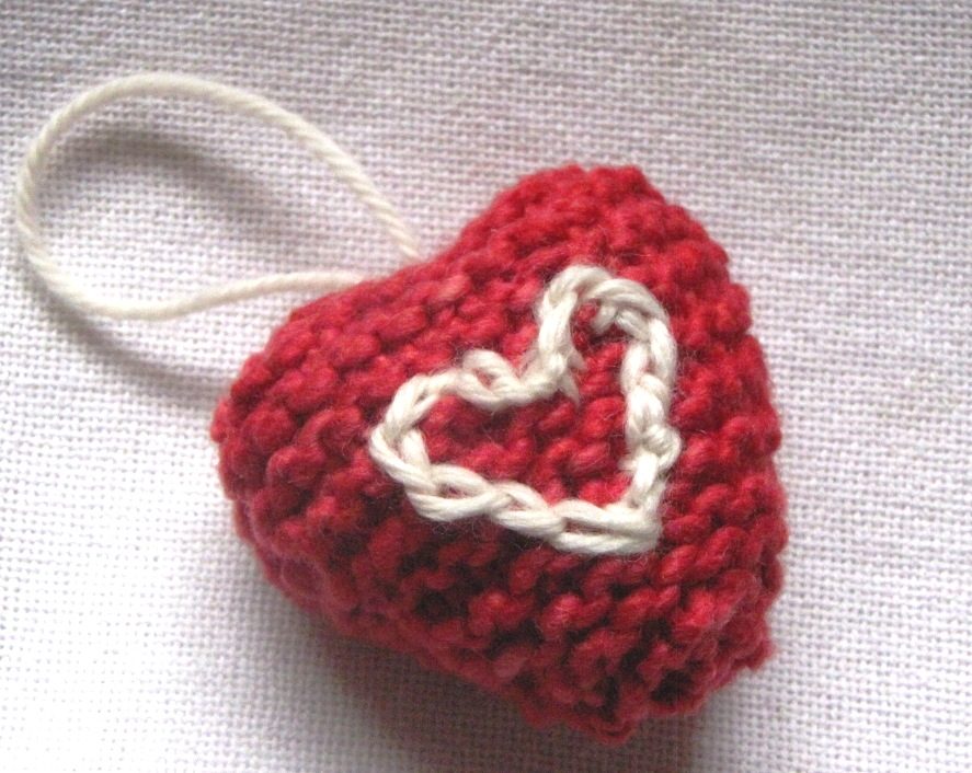 Knitting Heart Pattern : Knitting patterns heart « free