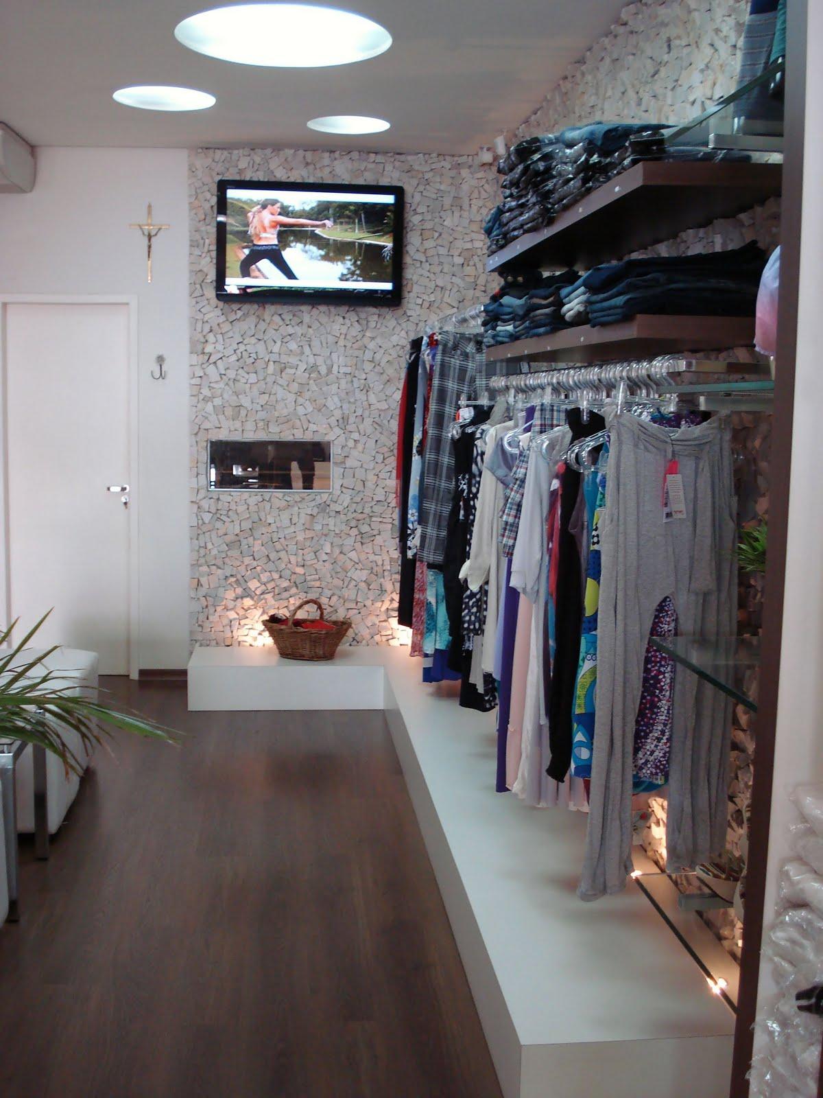 decoracao de interiores de lojas de roupas: às 16:19