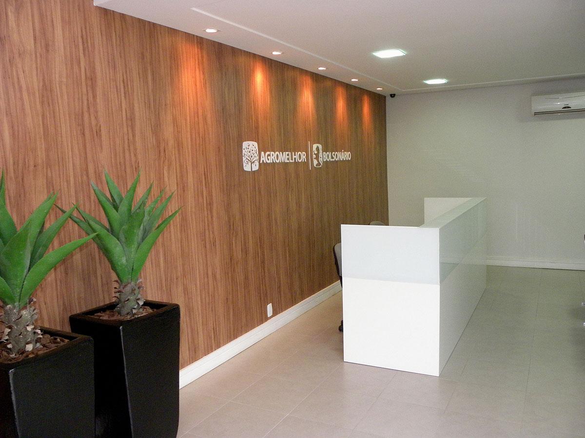 FÉSSEL BONORA Arquitetura e Interiores: ESCRITÓRIO DE ADVOCACIA #9B5630 1200x900