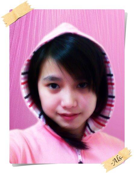 [leaa+pink.jpg]