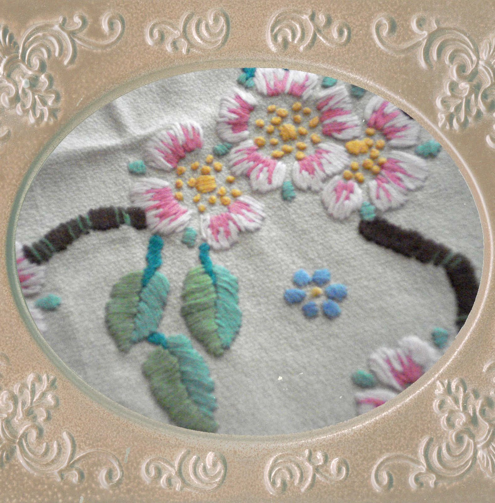 The Vintage Workshop At Country Graphics Beautiful Hand Made Embroidery - A Family Heirloom
