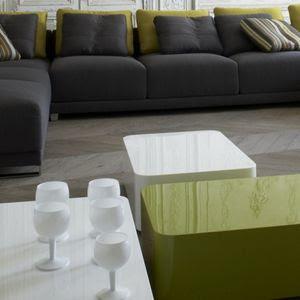 mon appart mes travaux ma d co tables basses rondes. Black Bedroom Furniture Sets. Home Design Ideas