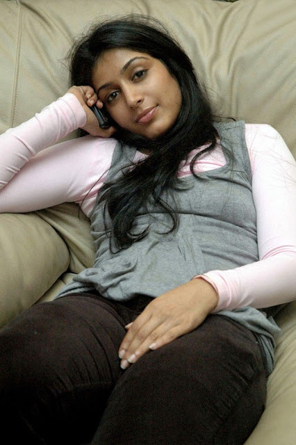Actress Padma Priya Still 4