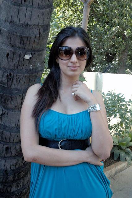 Lakshmi Rai stills 4