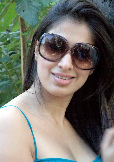 Lakshmi Rai stills 1