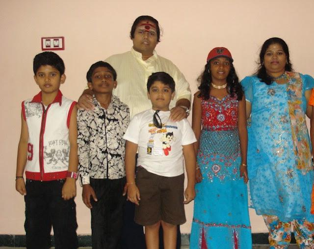 Gundu Kalyanam directs Nalla Nalla Pillaigalai Nambi