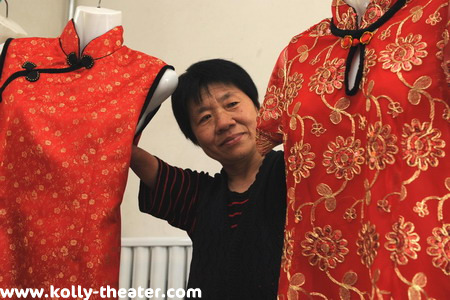 Women with No Hands becomes China's Top Embroiderer