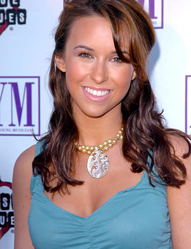 How Tall Is Lacey Chabert Height 5 Feet 2 Inches Lacey Chabert Is A