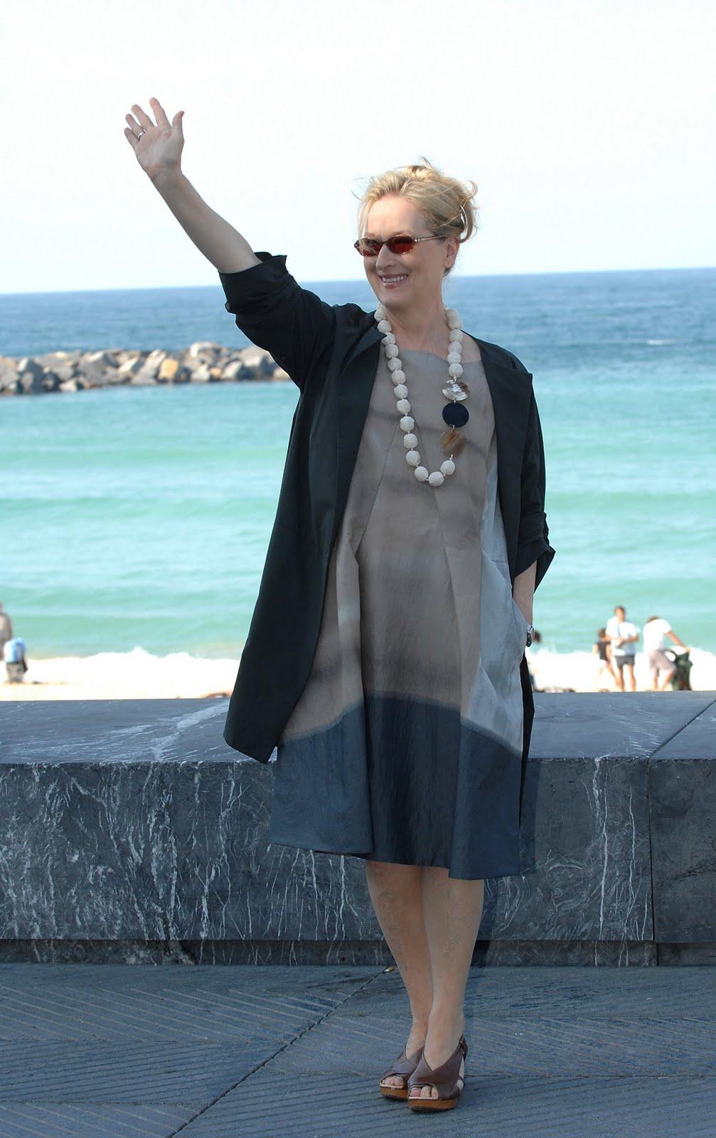 Meryl Streep Feet - 159.8KB