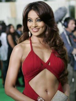 breast size 36. Bipasha Basu Bra Size