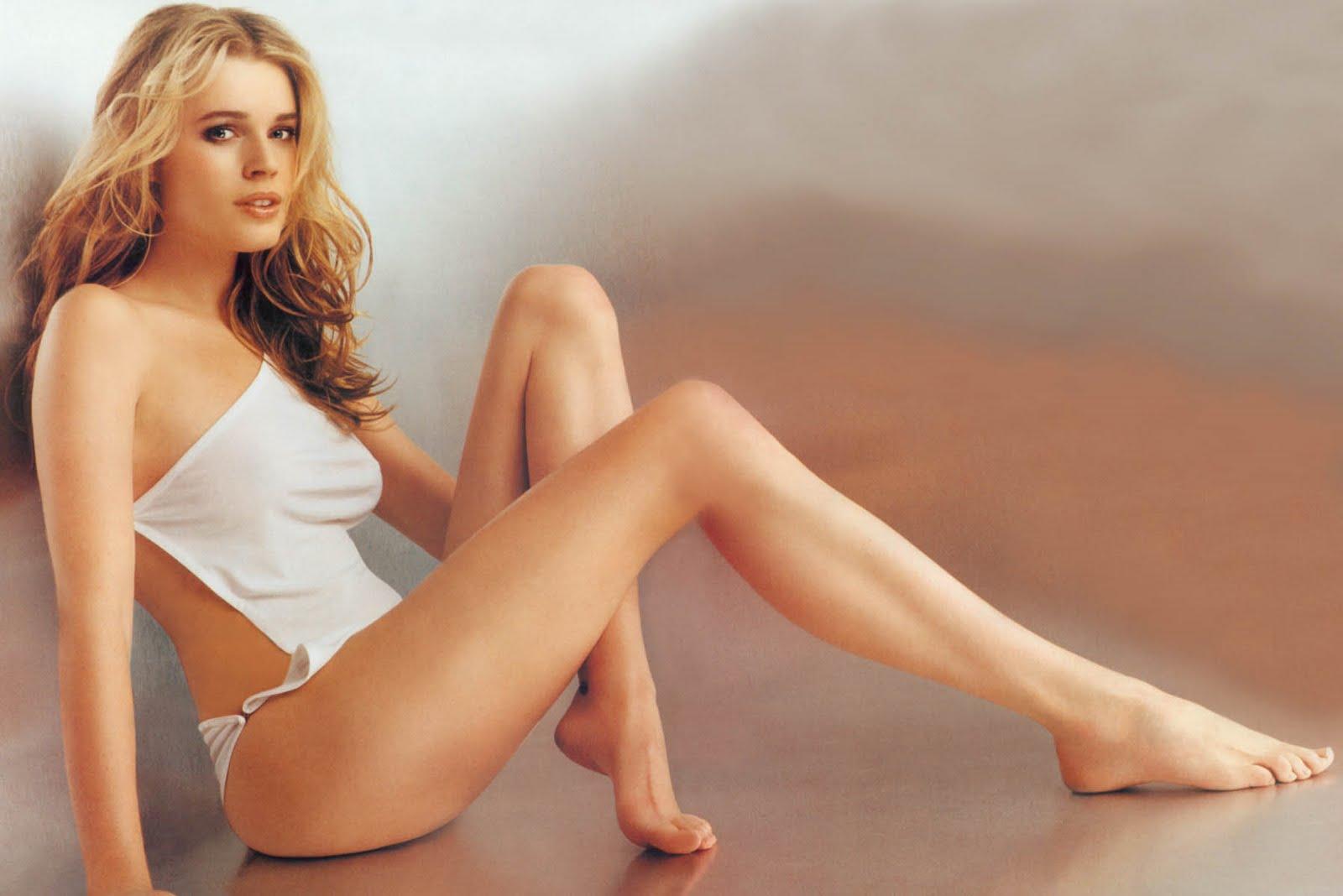 Rebecca ferguson actress feet myideasbedroom com
