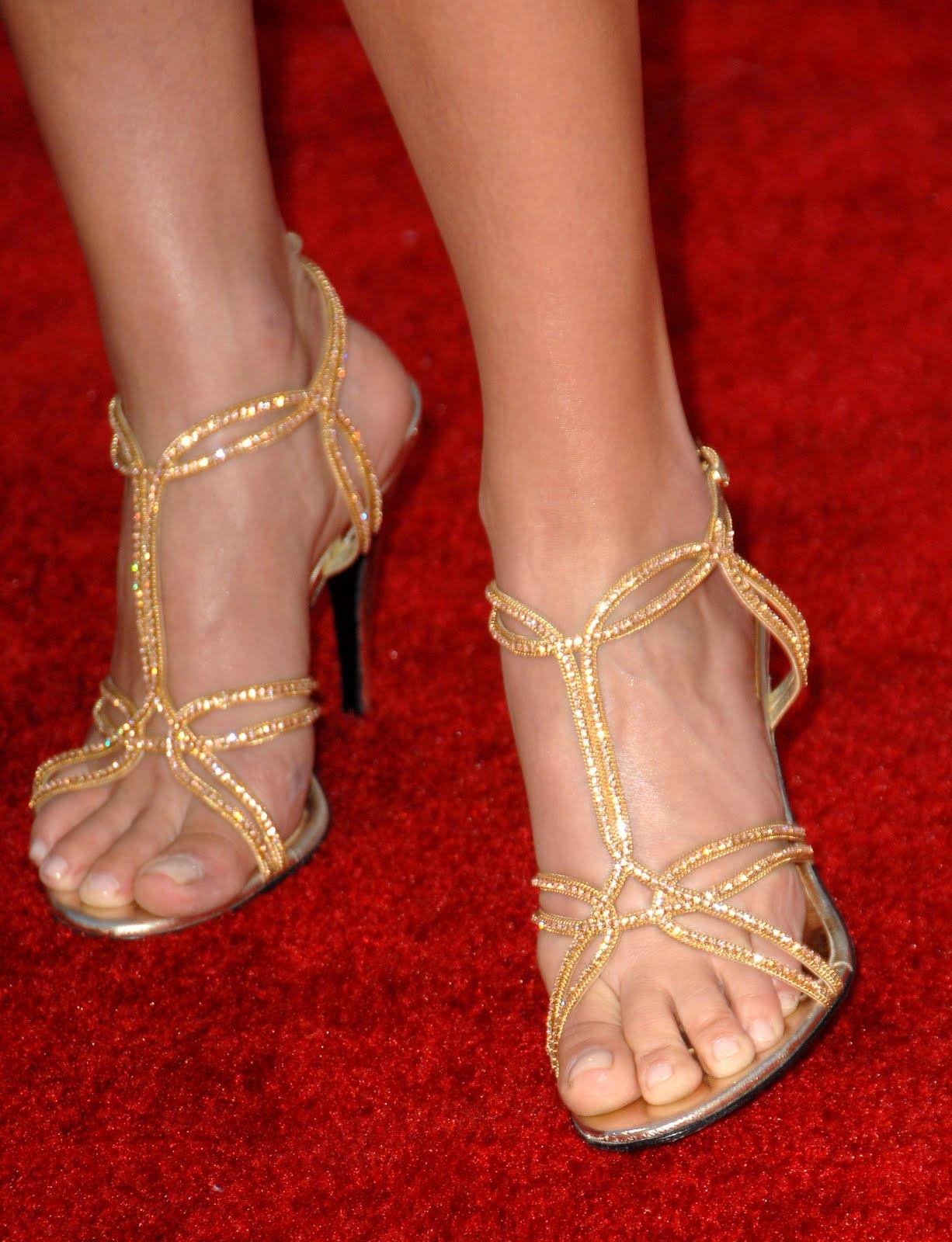 Ali Larters Feet