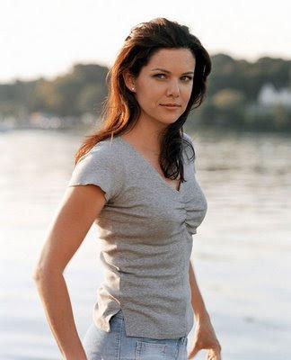lauren graham bra size 34b lauren graham is a lovely american actress    Lauren Graham Young