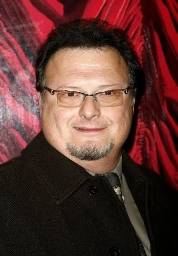 Wayne Knight is an American actor, featured in the television series