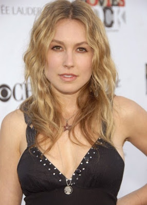 sarah carter bra size 34b sarah carter is a darling canadian actress