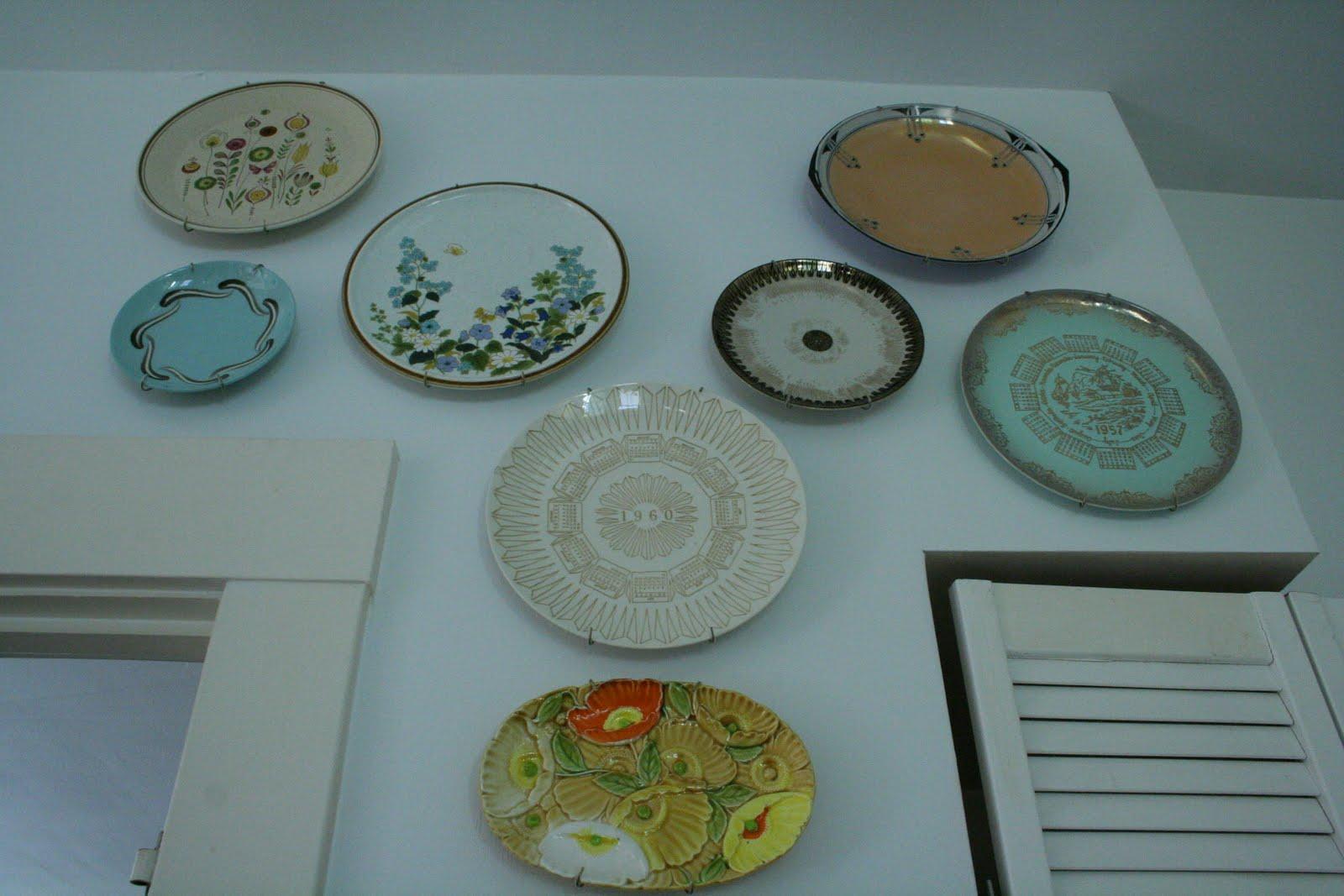Kitchen Wall Decor With Plates : Kitchen wall plates design photos