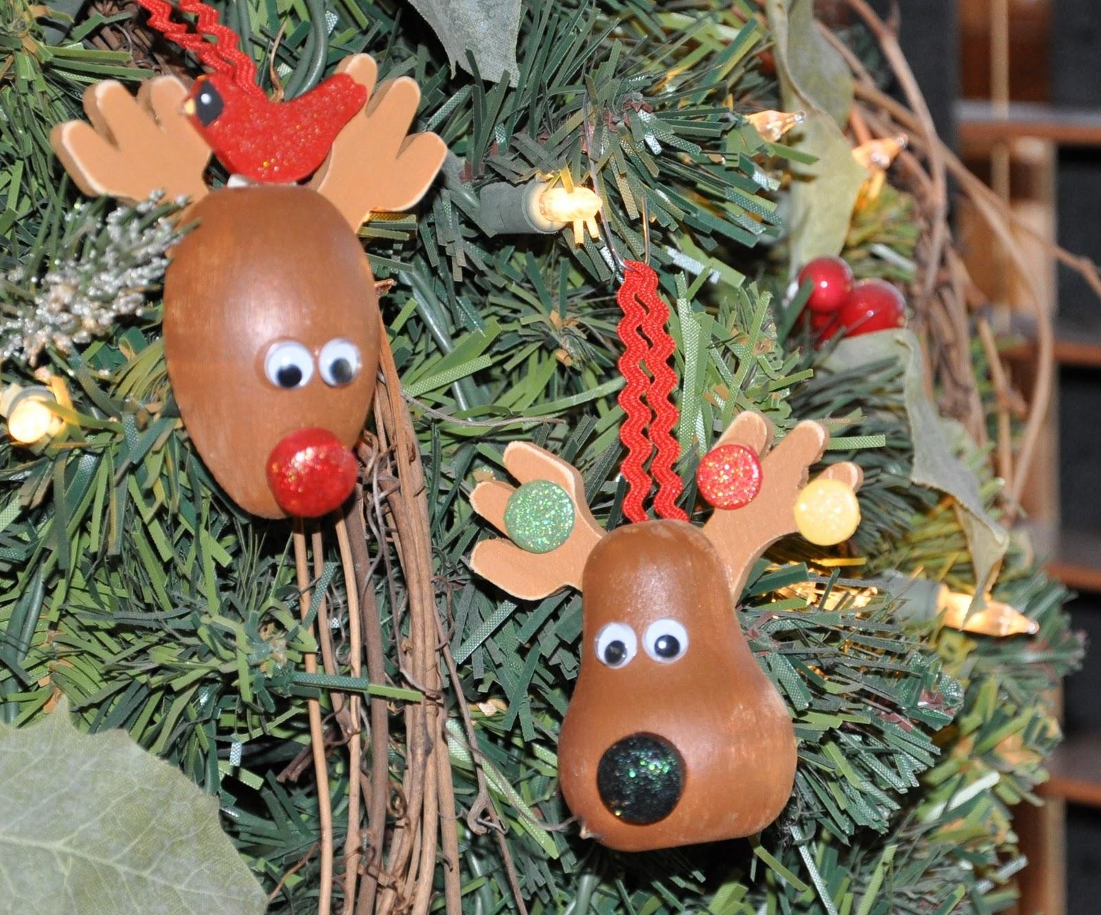 Megpie designs christmas reindeer ornaments