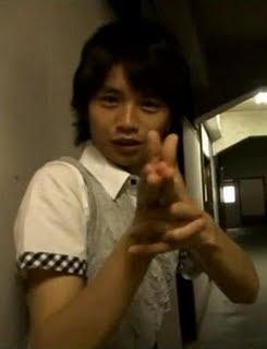 http://1.bp.blogspot.com/_UeHlPPdzK7g/SqidSx6_gYI/AAAAAAAAACI/g8quXXKbBSw/s320/kento+nakajima+kawaii.jpg