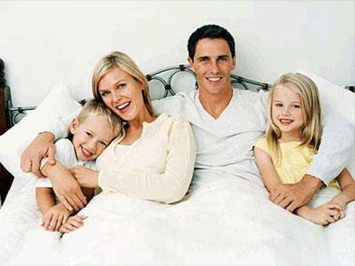 http://1.bp.blogspot.com/_UepsAELTTPk/TOn1m2_BD7I/AAAAAAAAAA8/06ggGvQwEZs/s400/Familia-Feliz.jpg