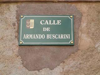 Calle dedicada al poeta en Ezcaray, su ciudad natal