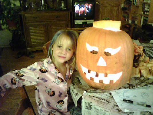 Jenna and her pumkin