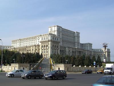 parliament palace bucharest