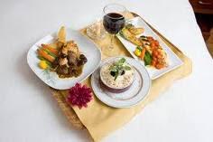 Pengetahuan Tentang Menyediakan Pelayanan Makan Dan Minum Di Kamar Tamu (Room Service) 2