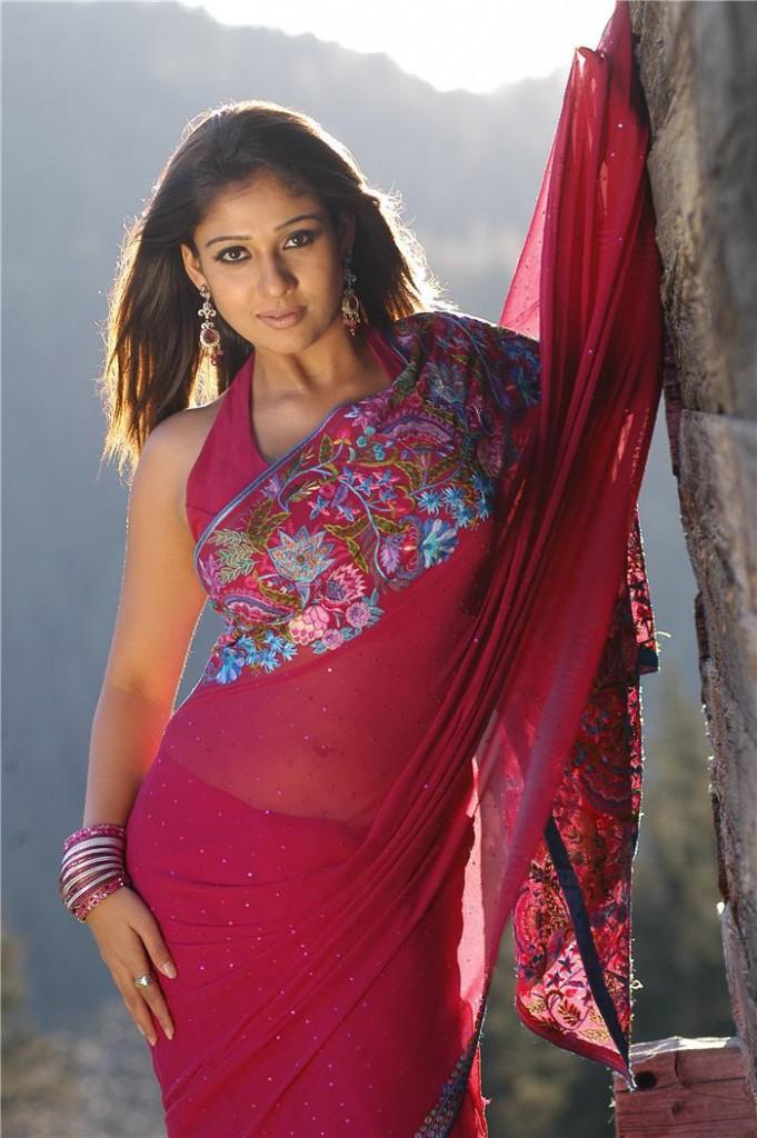 cinesizzlers: Hot Saree Stills Of Nayanthara In red hot saree Stills