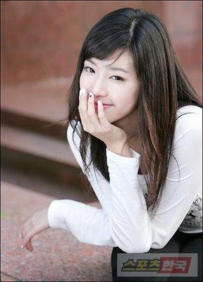 Kan mi yeon dating moon hee jun alone 3