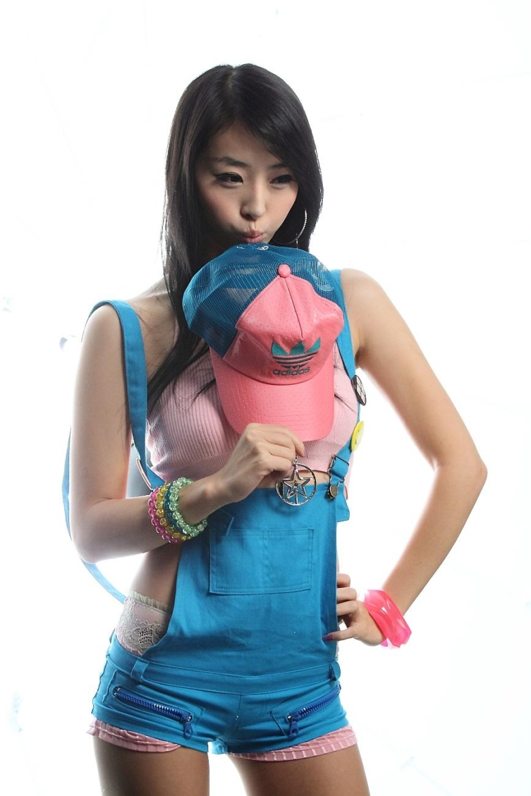 Wang Wan Jia - Effective Advertisements | Asia Cantik Blog