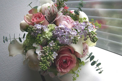Country Weddings Pictures on Flower Design Events  English Country Garden Wedding Bouquet